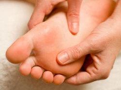 درمان پادرد؛ ماساژ پا را امتحان کنید+ جزئیات