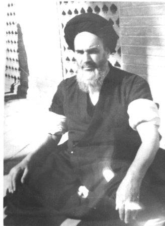 عكس كمتر دیده شده ای از امام خمینی