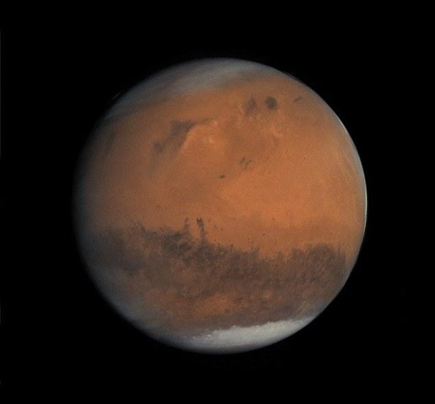تصاویر/ کشف یک جعبه مرموز در سیاره سرخ