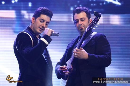 عکس/ فرزاد فرزین و گروه شوک در کنسرت تهران