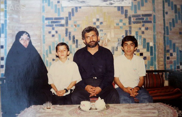 عکس قدیمی مرتضی پاشایی درجمع خانواده