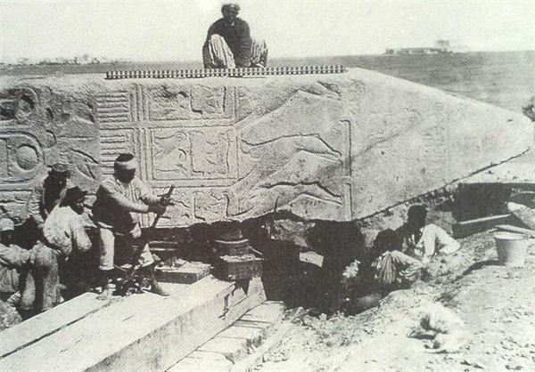 سرگذشت عجیب مجسمه تاریخی +عکس