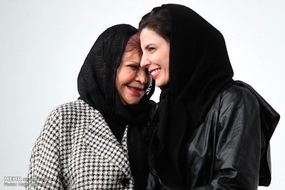 عکس/ لیلا حاتمی و مادرش در جشنواره فجر