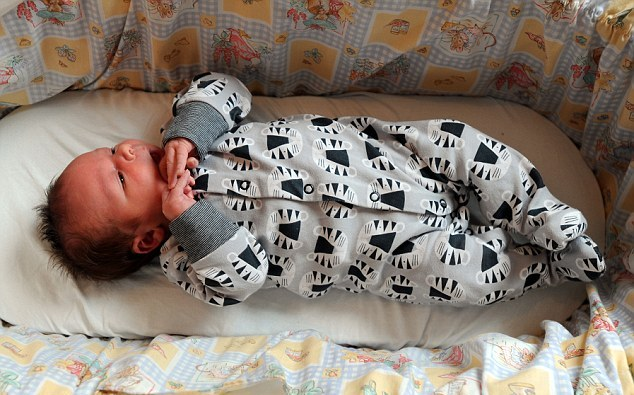 تولد نوزادی غول آسا +تصاویر