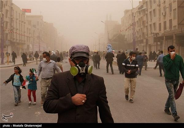 عکس/ ماسک ویژه اهوازی در راهپیمایی!