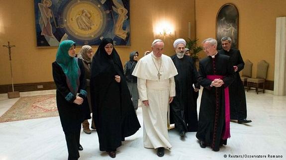 تصاویر/ دیدار معاون زنان روحانی با پاپ