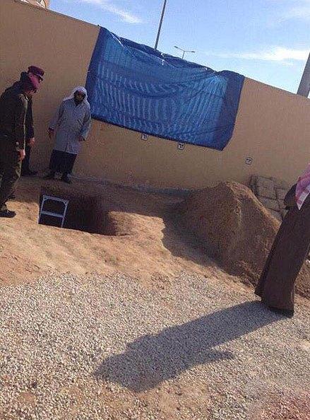 عکس/ محل دفن عبدالله