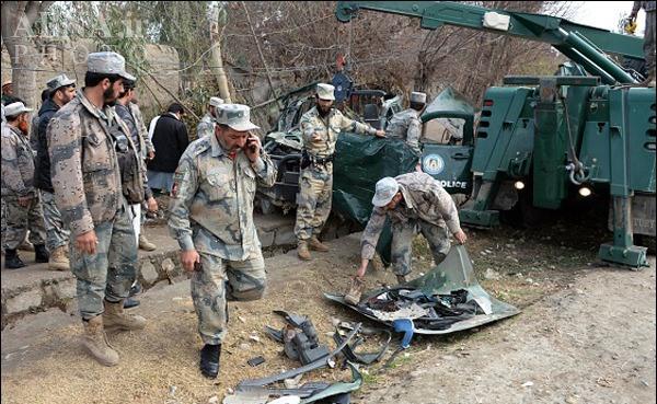 انفجار خودروی نیروی امنیتی افغانستان +تصاویر