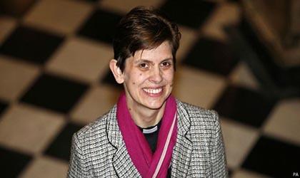 انتصاب رسمی اولین اسقف زن +عکس