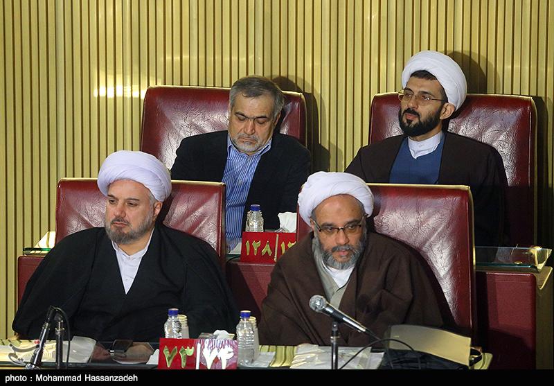 برادر روحانی بار دیگر به صحن خبرگان رفت +عکس