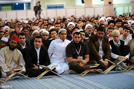 تصاویر/دیدارشرکت کنندگان مسابقات بین المللی قرآن با رهبر انقلاب
