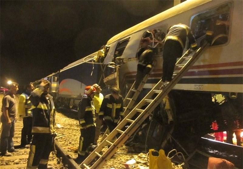 تصاویر/ تصادف دوقطار در دامغان