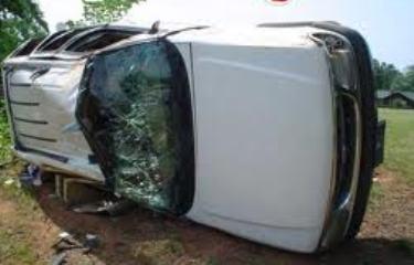 واژگونی خودرو چهار قربانی گرفت+عکس