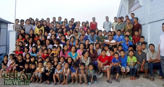 تصاویر/ زندگی مردی با 39 همسر، 94 فرزند و 33 نوه