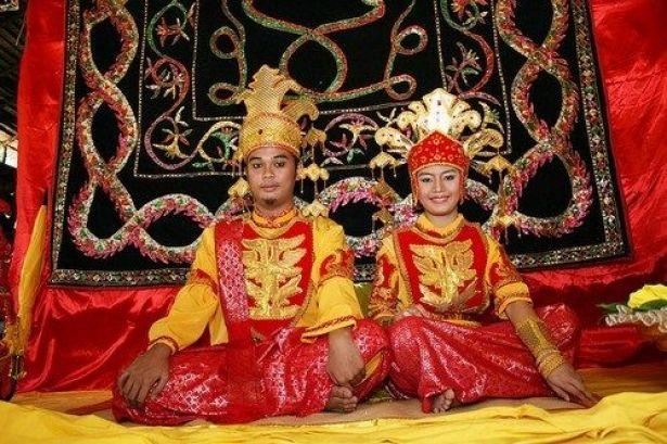 رسوم عجیب ازدواج در جهان + تصاویر