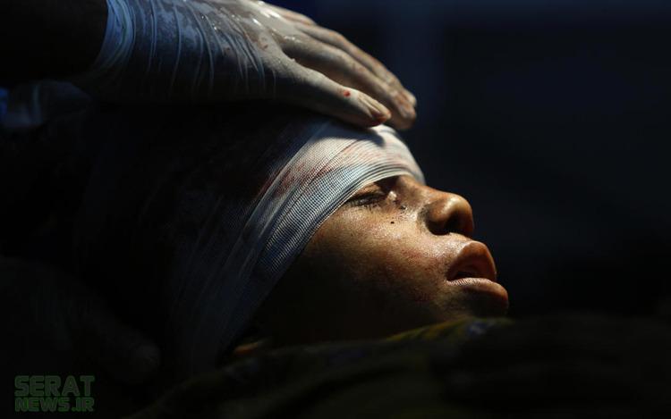 عکس/یک پسر در سردخانه بیمارستانی در غزه