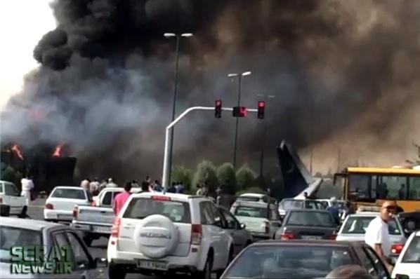 تصاویر/ سقوط هواپیما در تهران (2)