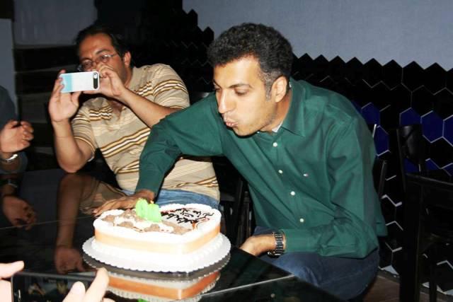 عکس/ کیک ۴۰ سالگی فردوسیپور