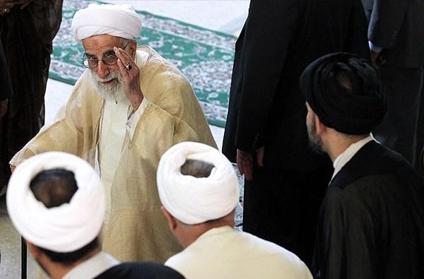 عکس/ آیتالله جنتی در نماز عید قربان