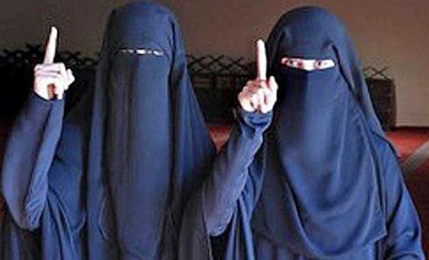 دختران پشیمان از حضور در محافل داعش+تصاویر
