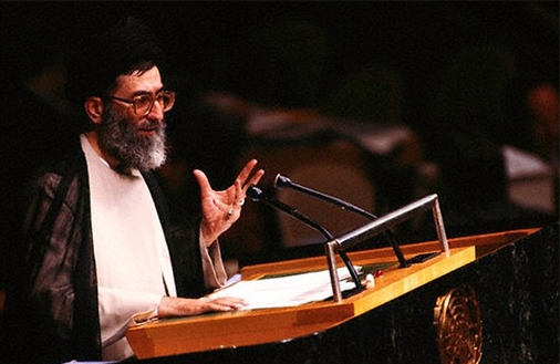 عکس/ سخنرانی رهبر انقلاب در سازمان ملل سال 66