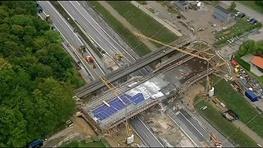 فرو ریختن پل تازه افتتاح شده در دانمارک
