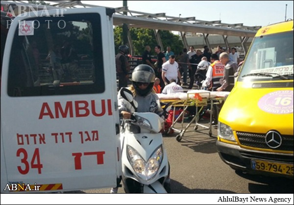 حمله جوان فلسطینی به نظامی صهیونیستی + تصاویر