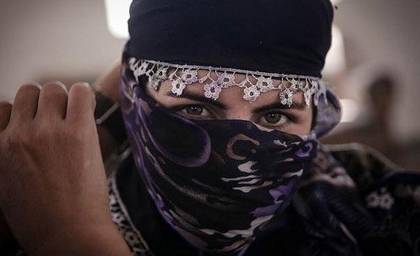زنی که از تل آویو برای مبارزه با داعش به سوریه رفت+ عکس