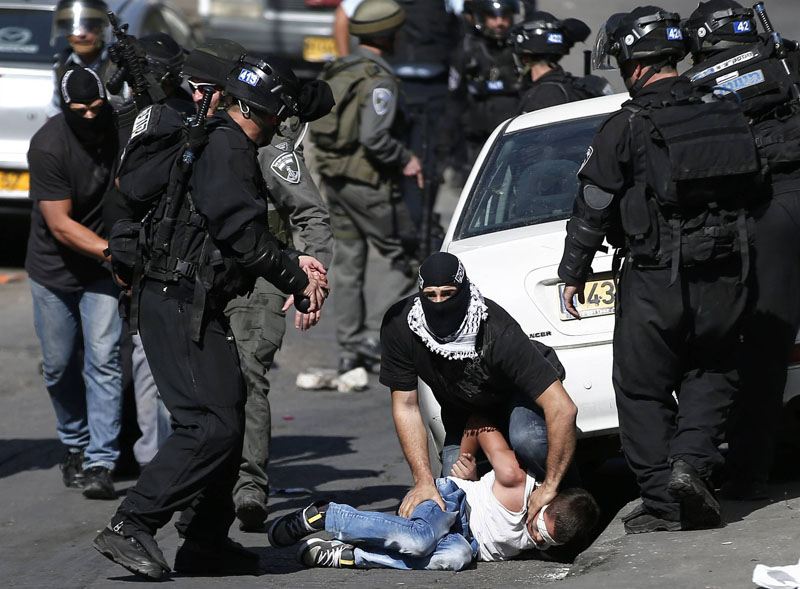 طرز بازداشت یک کودک فلسطینی+تصاویر