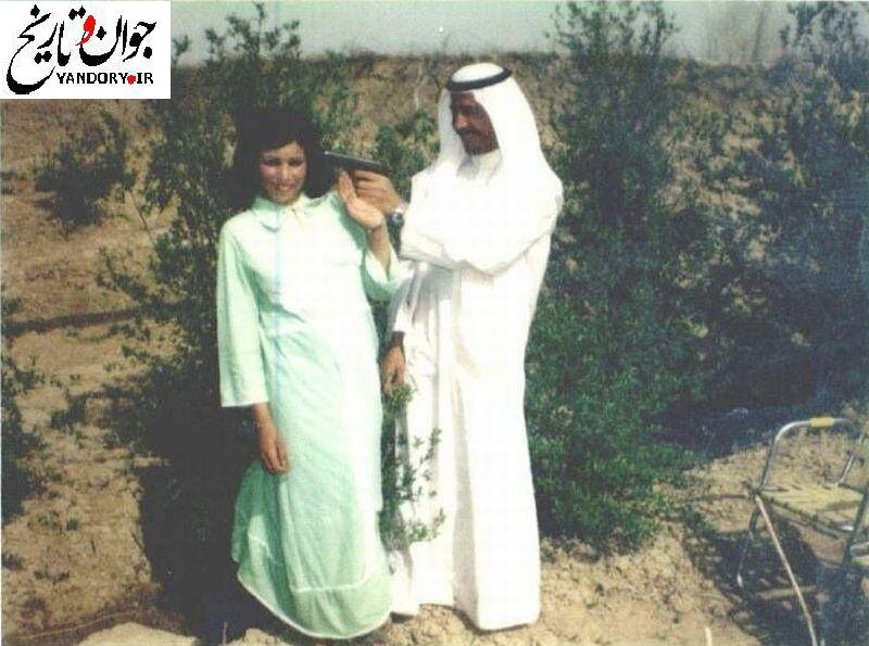 عکس/ شوخی عجیب صدام با همسرش!