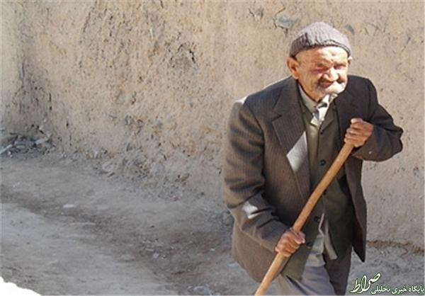 وداع 189 فرزند، نوه و نبیره با پدر+عکس