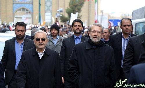 اقدام غیر اخلاقی در راهپیمایی قم/ توزیع شبنامه علیه لاریجانی