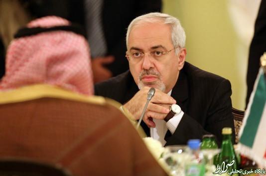 حاکمان سعودی؛ هر روز گستاختر از دیروز/ آقای ظریف! لطفا به جای لبخند، کمی هم اخم کنید