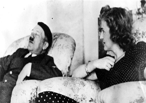 آخرین تصویر از هیتلر قبل از خودکشی