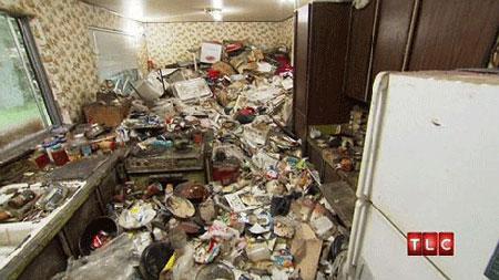 زنی 30 سال خانهاش را تمیز نکرد +عکس