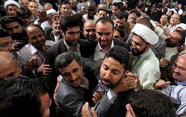 فیگورهای روحانی چه دردی را از مردم دوا میکند؟/ تفاوت جالب سفرهای روحانی و احمدینژاد! +تصاویر