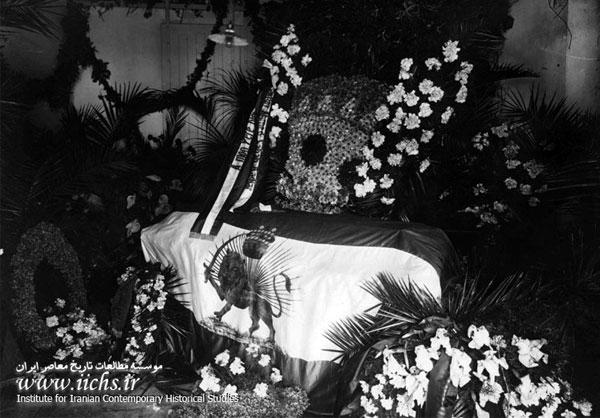 تشییعجنازه محمدعلی شاه در ایتالیا +تصاویر