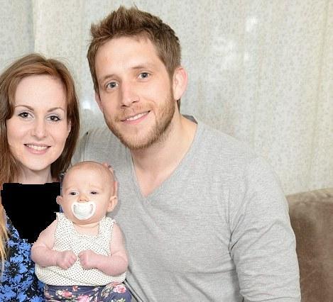 معده و روده این نوزاد، داخل ریه او پیدا شدند + تصاویر