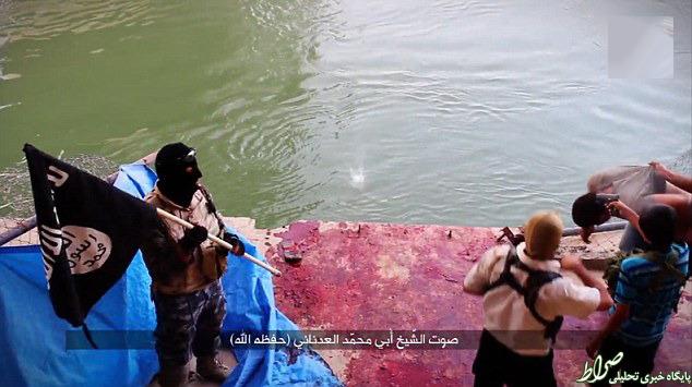 کودکان سربازان جدید داعش +تصاویر