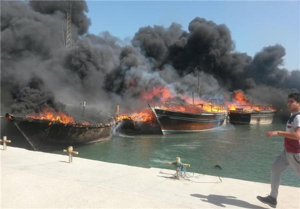 تصاویر/ آتشسوزی در اسکله صیادی