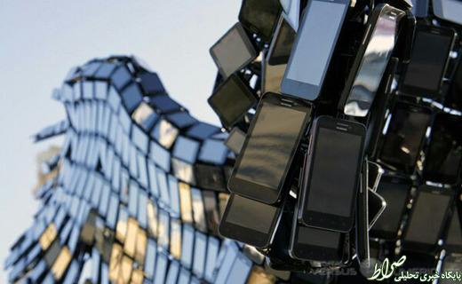 مجسمه افسانهای یونانی ساخته شده از موبایل + تصاویر