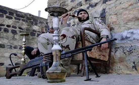 وسیله تحریک جنسی داعش! +عکس