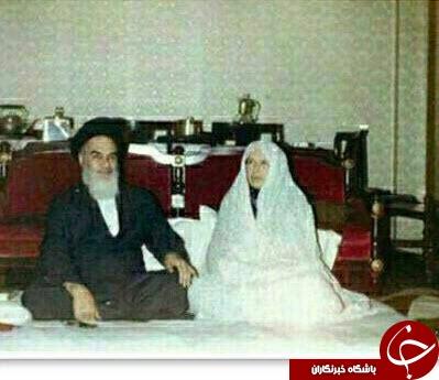 عکسی از امام (ره) درکنار همسرشان