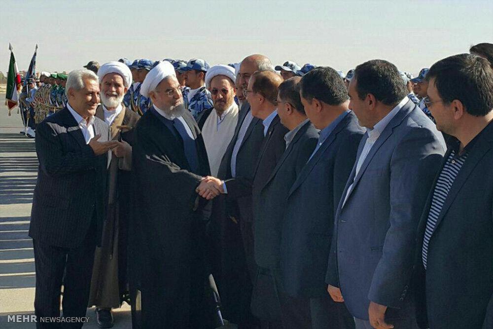 عکس/ صف استقبال از روحانی در همدان