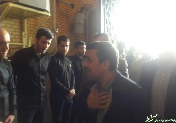 عکس/ احمدینژاد در ختم هادی نوروزی