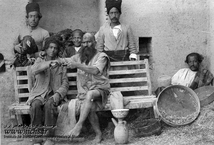 عکس/ اراذل و اوباش قاجاری!