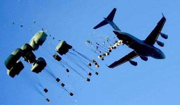 عکس/ کمک هوایی آمریکا به داعش