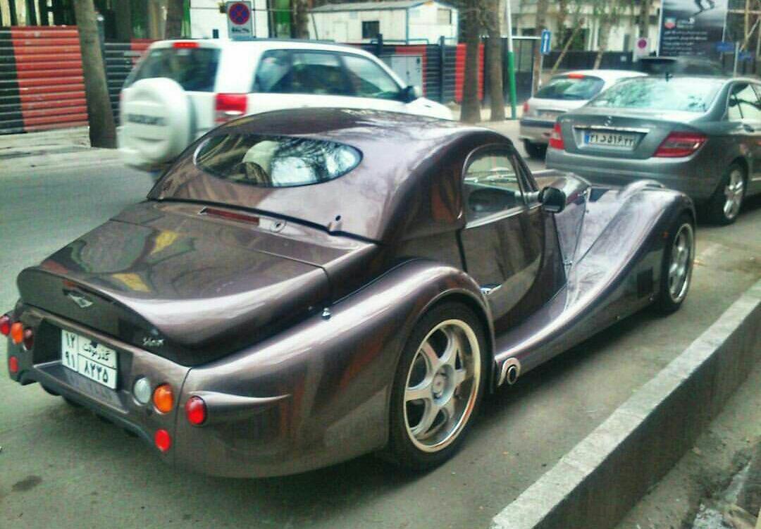 عکس/ دو خودروی عجیب در خیابانهای تهران