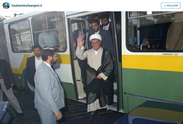 عکس/ رفسنجانی در اتوبوس شرکت واحد
