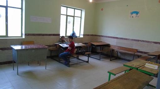 شش پایه تحصیلی و یک معلم! +عکس